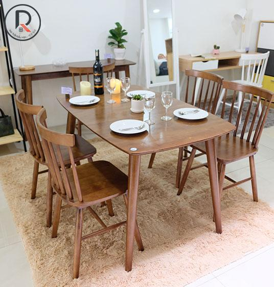 set-a-dinning-table