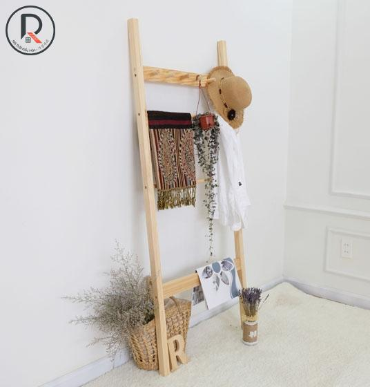 C TOWEL LADDER GỖ